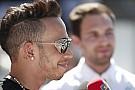 Hamilton elégedett a Mercedesszel, szerinte a második edzés is jól sikerült