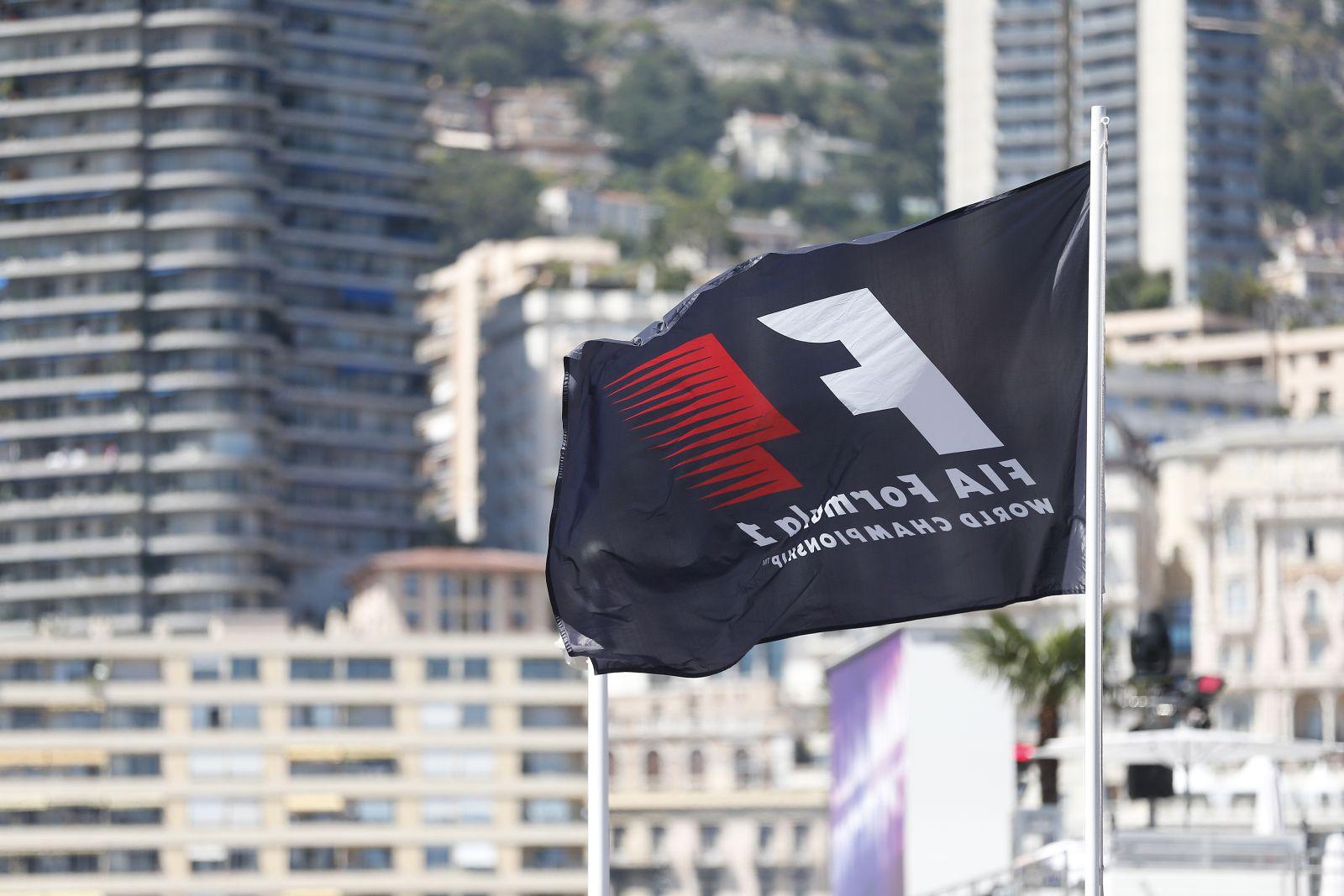 Diktatúra kéne az F1 élére, mert most bármivel állnak elő, az sz*r