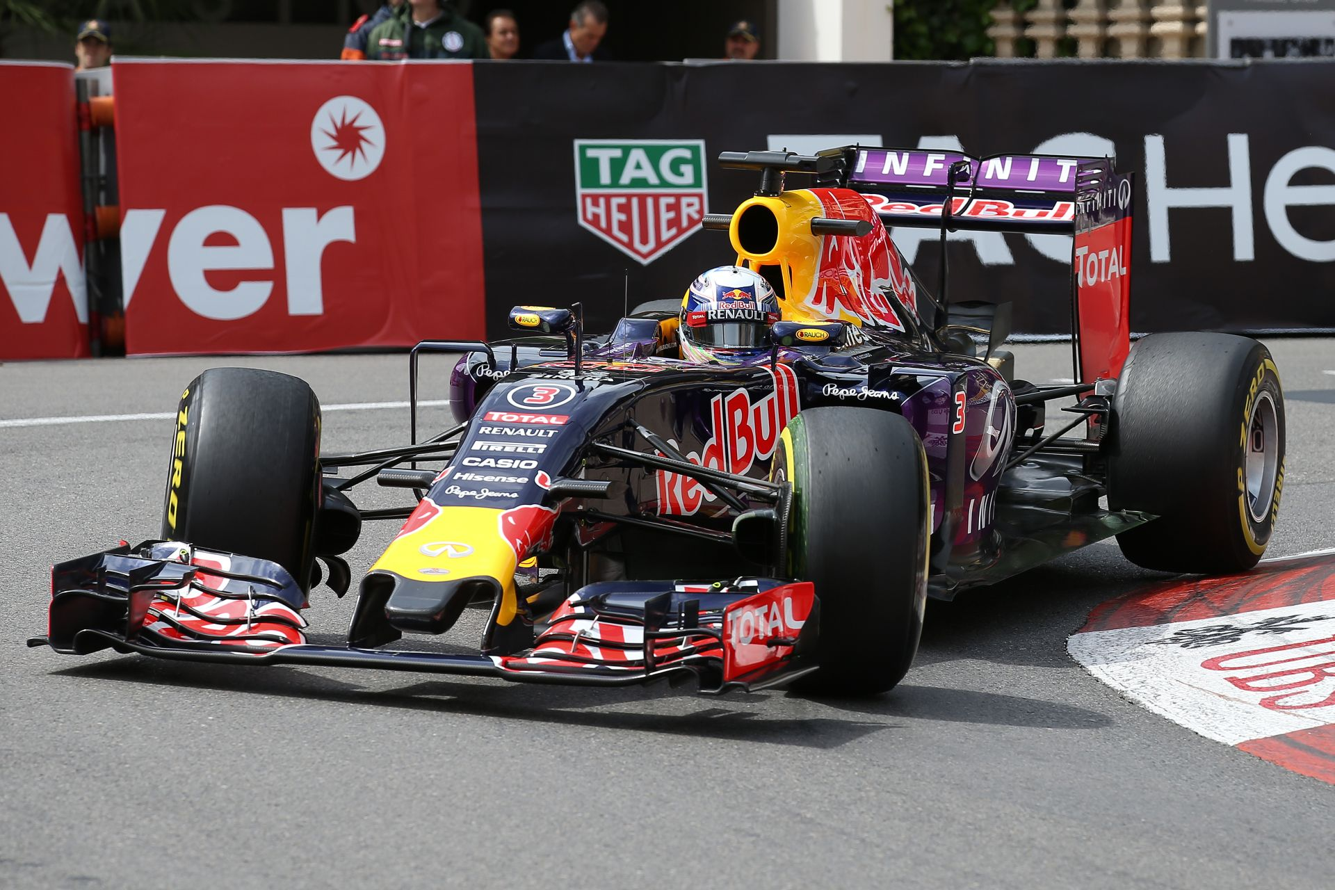 Ricciardo csalódott a 4. rajthellyel... holnap a dobogó a cél Monacóban!