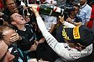 Manipuláció volt Hamilton bokszkiállása, vagy sem? Kellett ez a szorosabb verseny miatt?