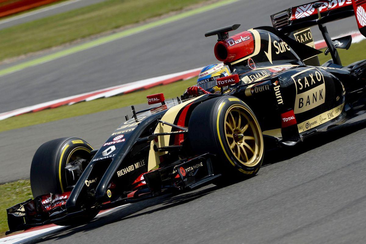 Felnivel együtt 4 kilós többletet jelent a 18 colos kerék  - a Pirelli nagyon elégedett