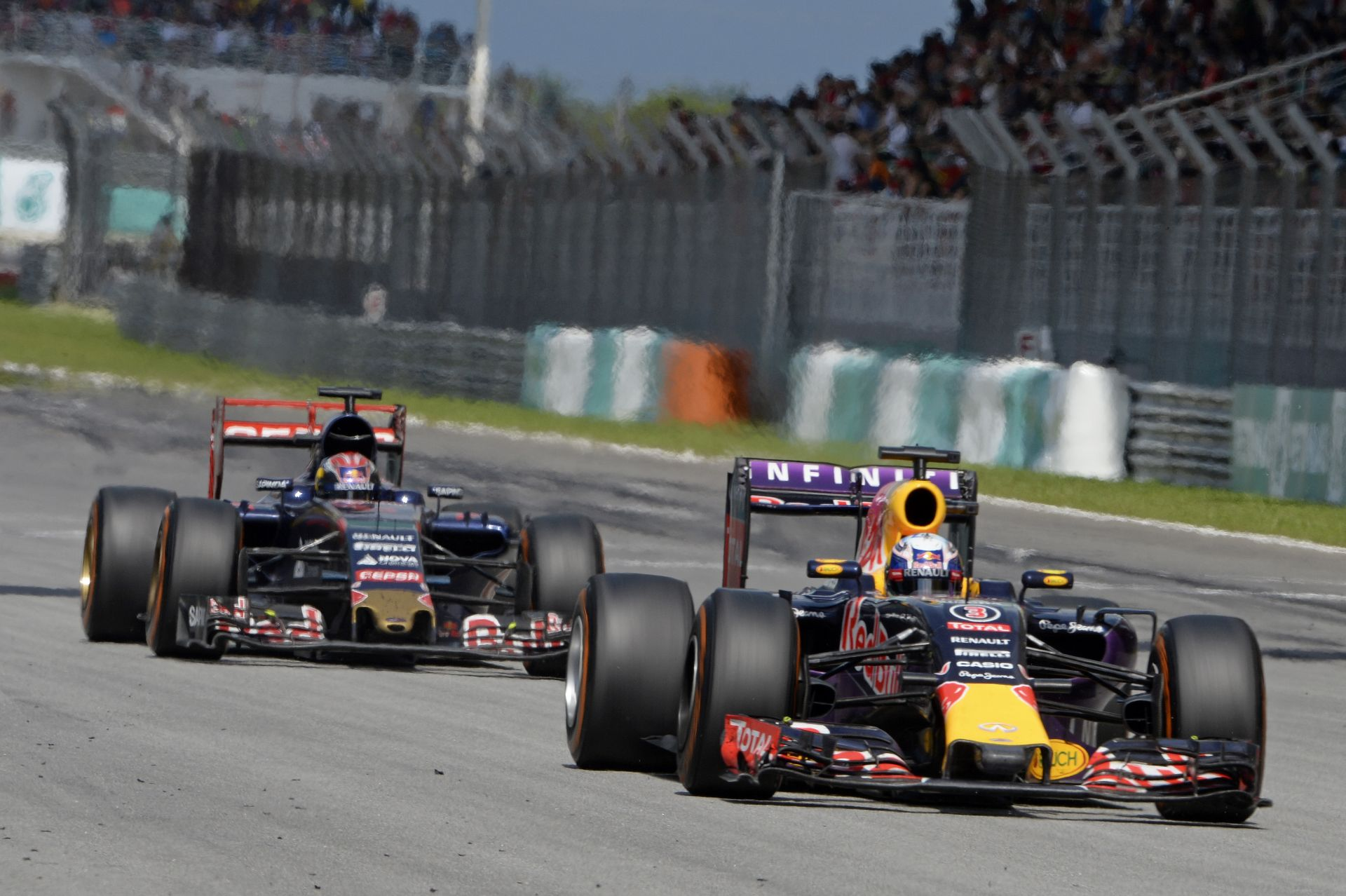 A Toro Rossot nem érdekli, ha a 2015-ös tabellán a Red Bull előtt van