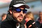 Alonso tudja, hamarosan büntetés lehet belőle: váratlan fejlődés Sanghajban