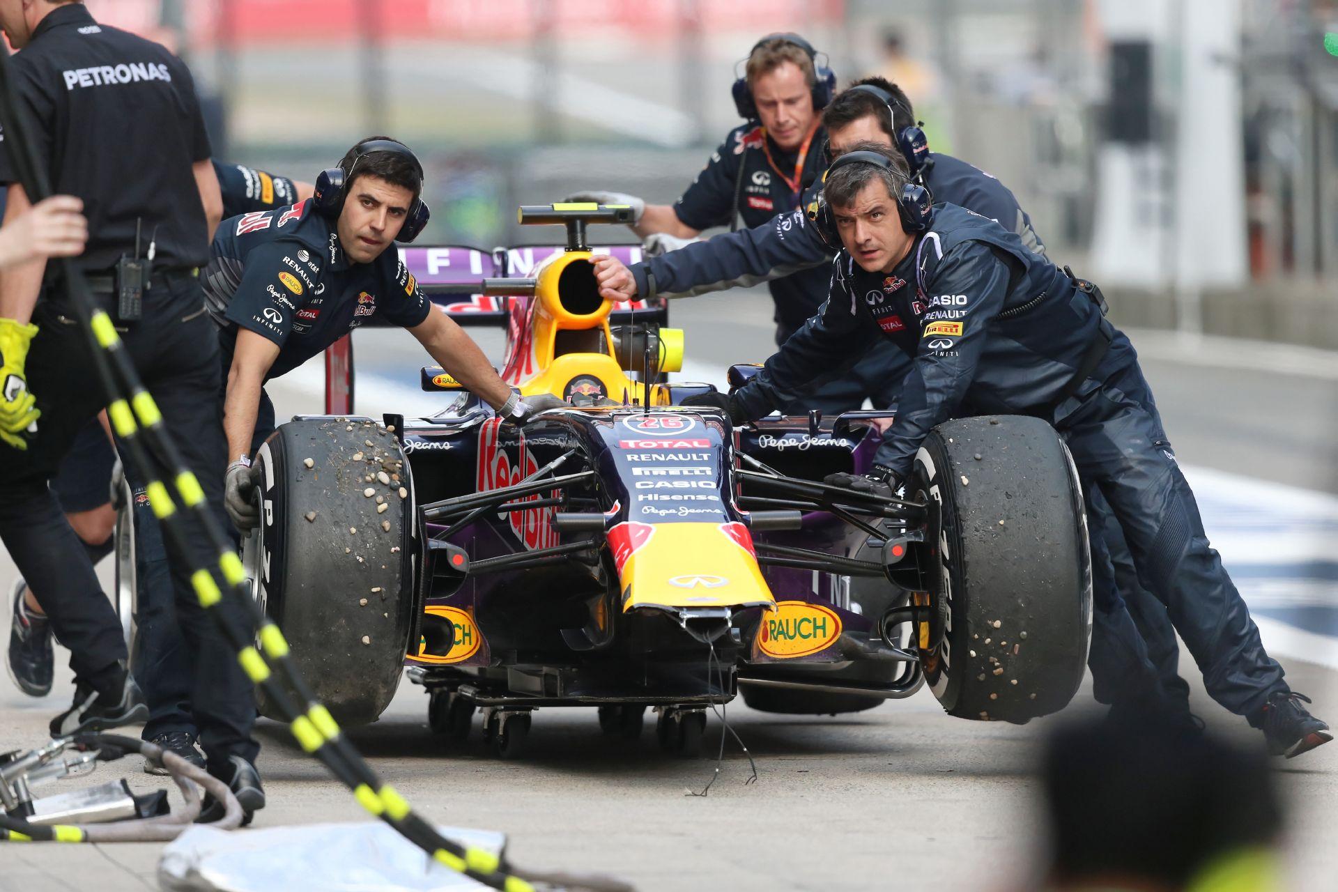 A Red Bull egy katasztrofális versenyen van túl Kínában