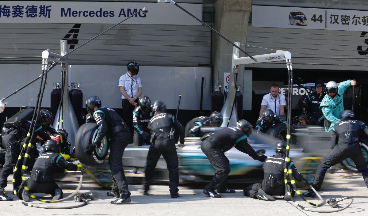 Hamilton reméli, az etap végén is jól állt anyagilag