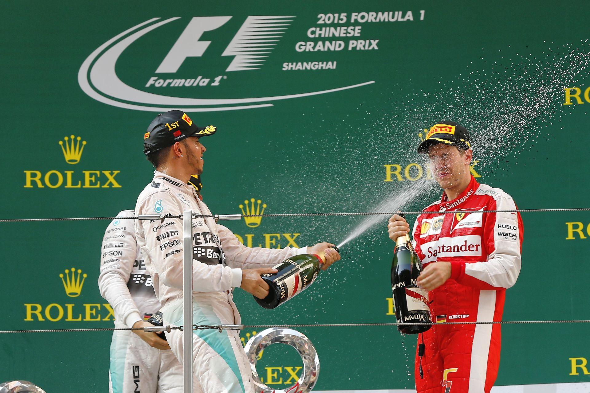 Hamilton: Sosem volt rossz a kapcsolatom Vettellel