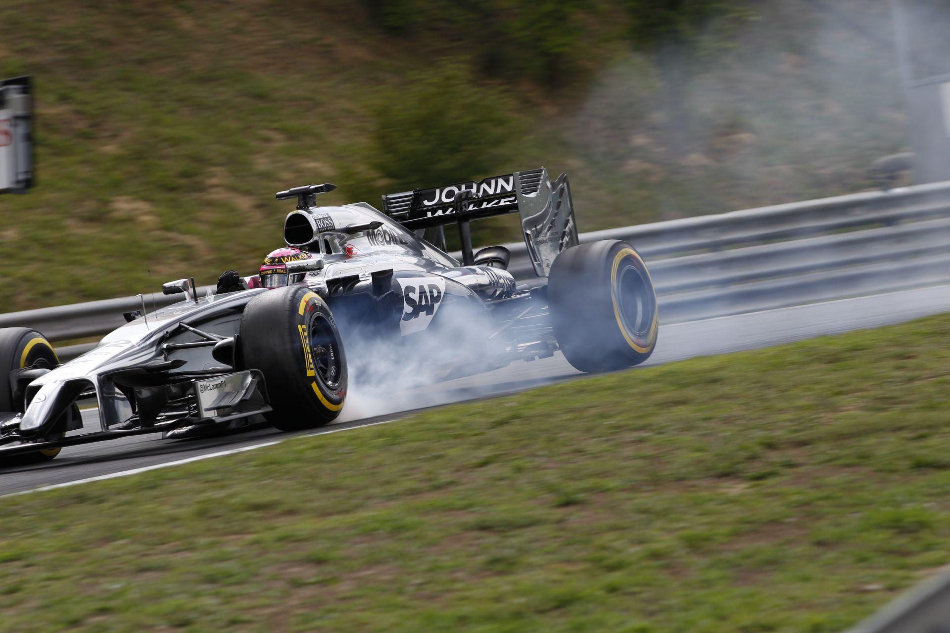 Button örül, hogy izgalmas volt a Magyar Nagydíj, csak a McLaren döntött rosszul