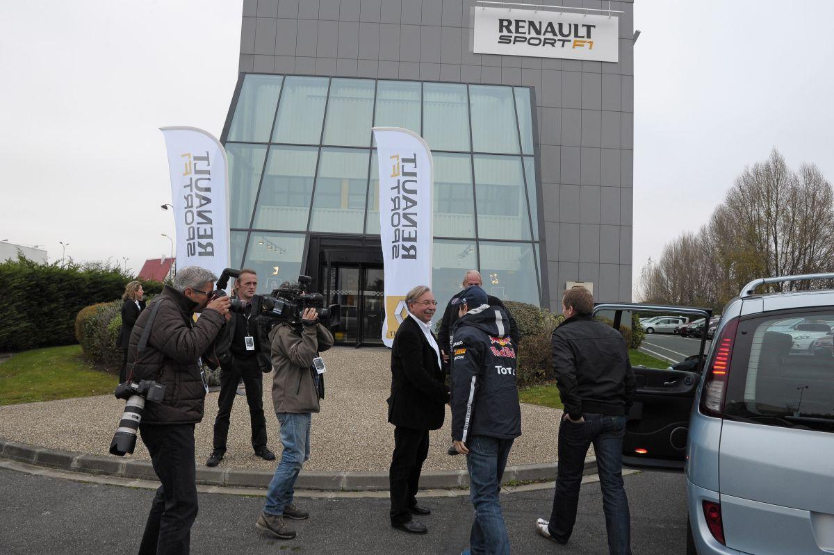 A Renault nem adja el az F1-es motorrészleget: az igazi fejlődést 2015 hozhatja el