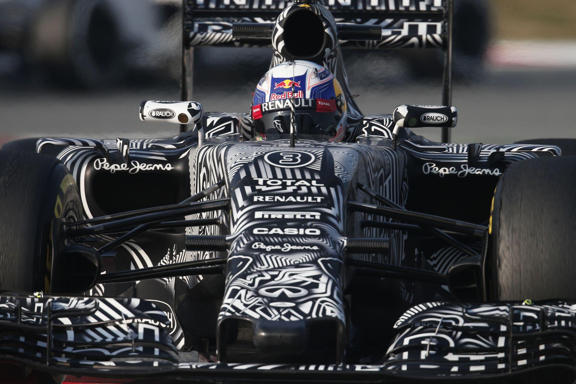Megint megbukott a törésteszten a Red Bull új orra