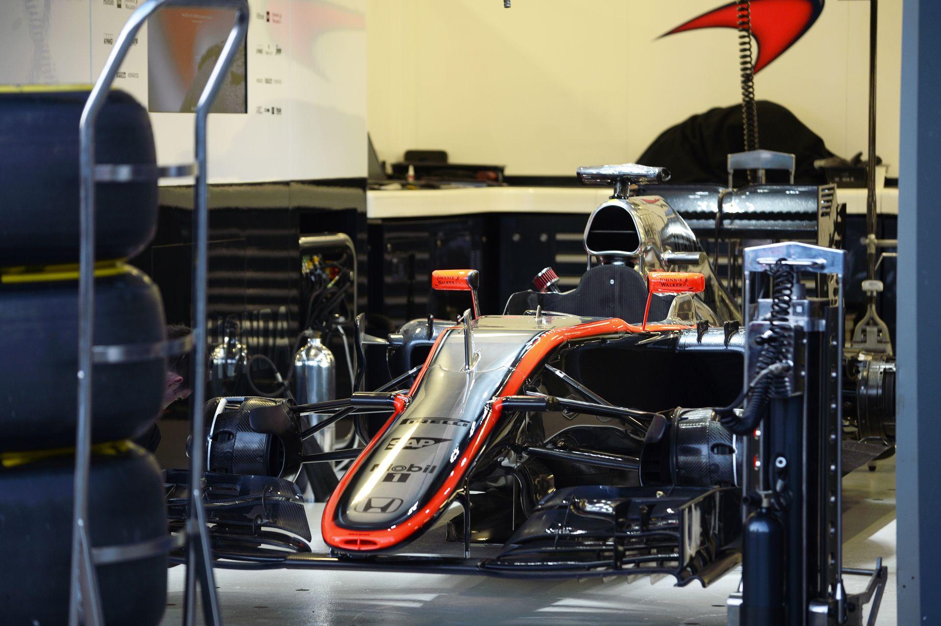 """A McLaren rögtön felhasználta az egyik """"Jokerét"""" a 2015-ös szezonban"""