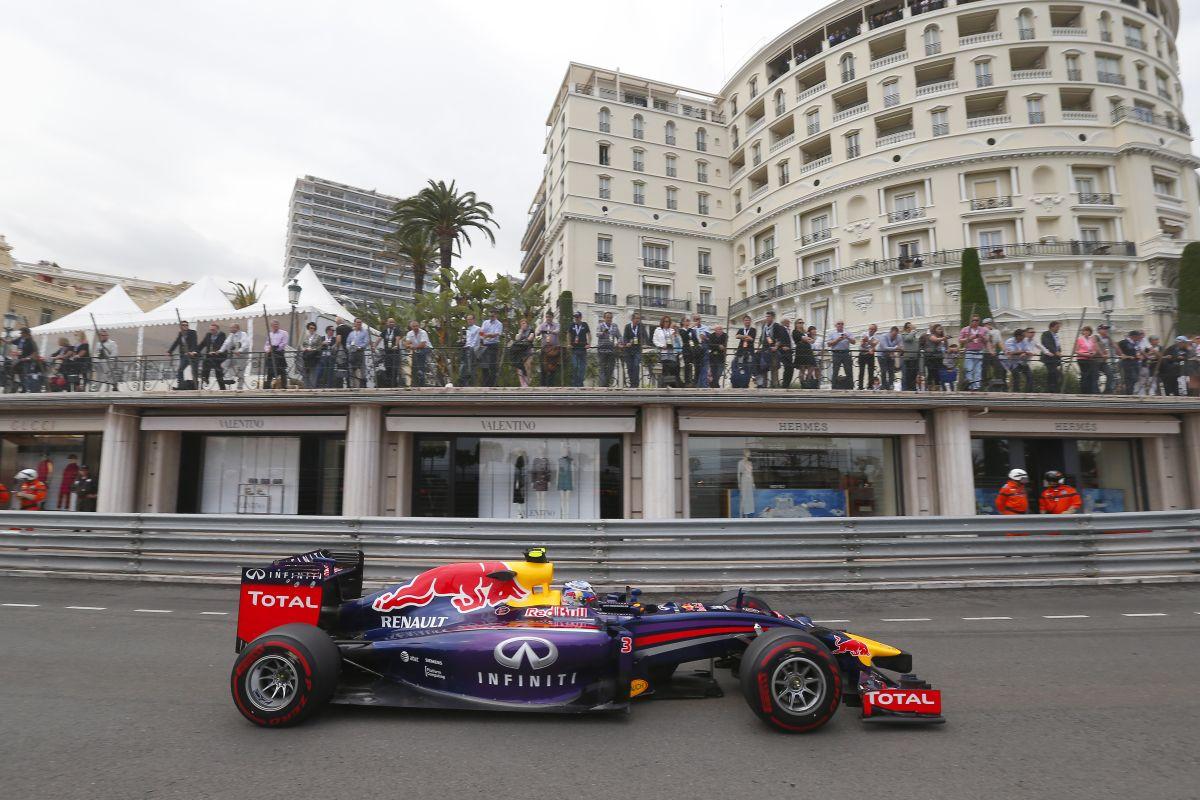 """Horner: Ricciardo önerőből érte utol Hamiltont, nem a """"szemprobléma"""" miatt"""