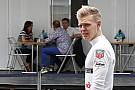 Magnussen: Nagyon dühös voltam, amikor Button lett Alonso csapattársa a McLarennél
