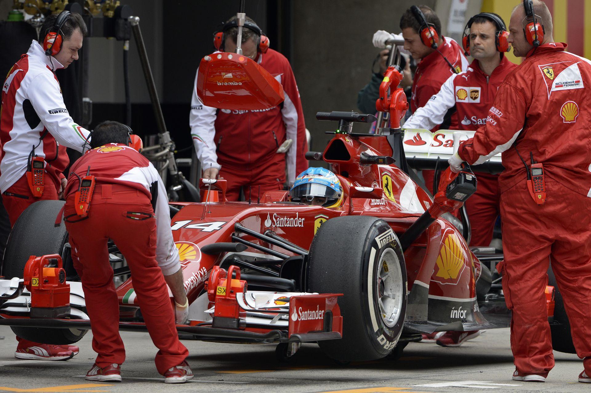 Alonso alatt jól működik a módosított Ferrari, de az túl nehéz
