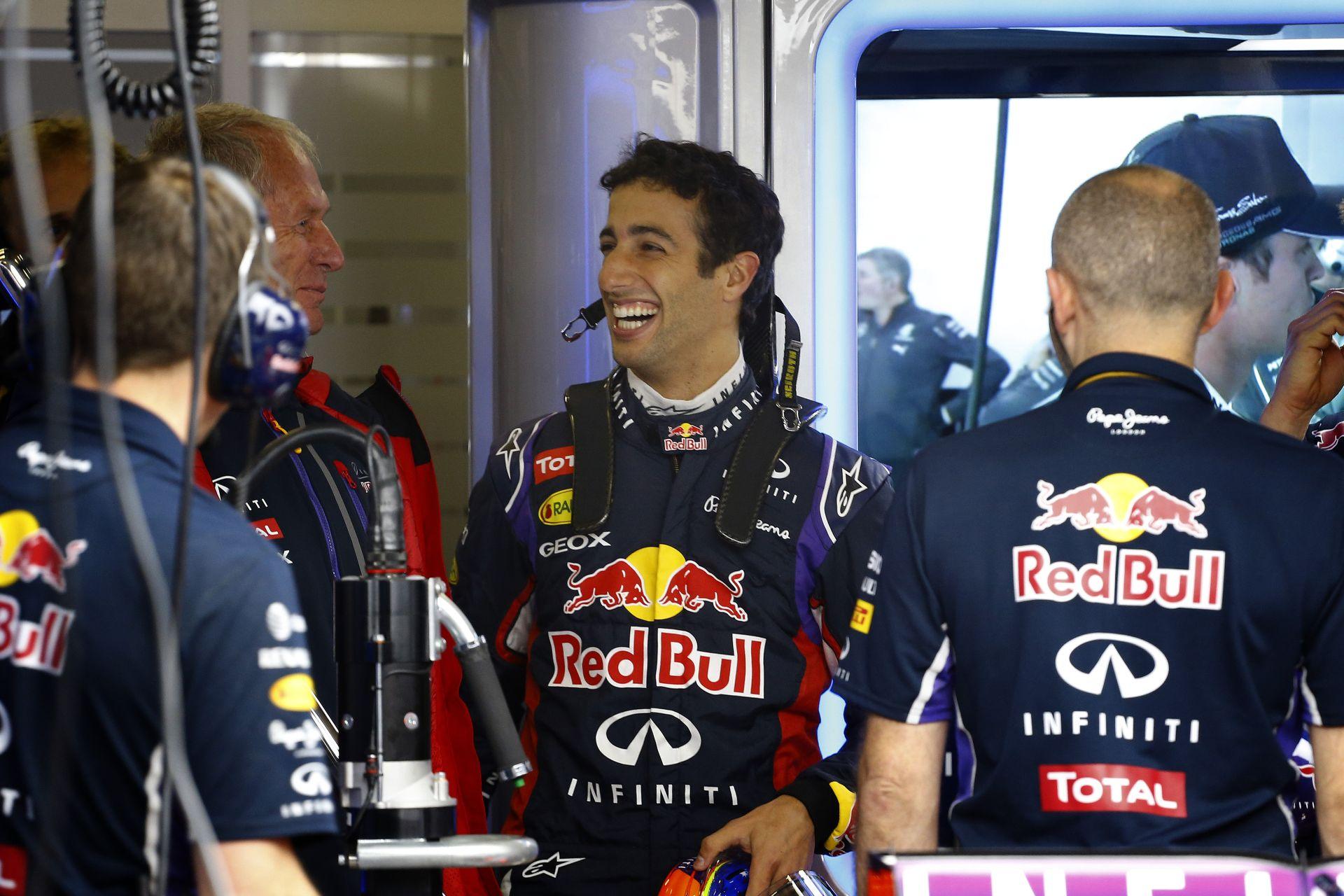 Kínai Nagydíj 2014: Ricciardo nevetőgázt szívott, Maldonado ördögi arcot vág és a többiek
