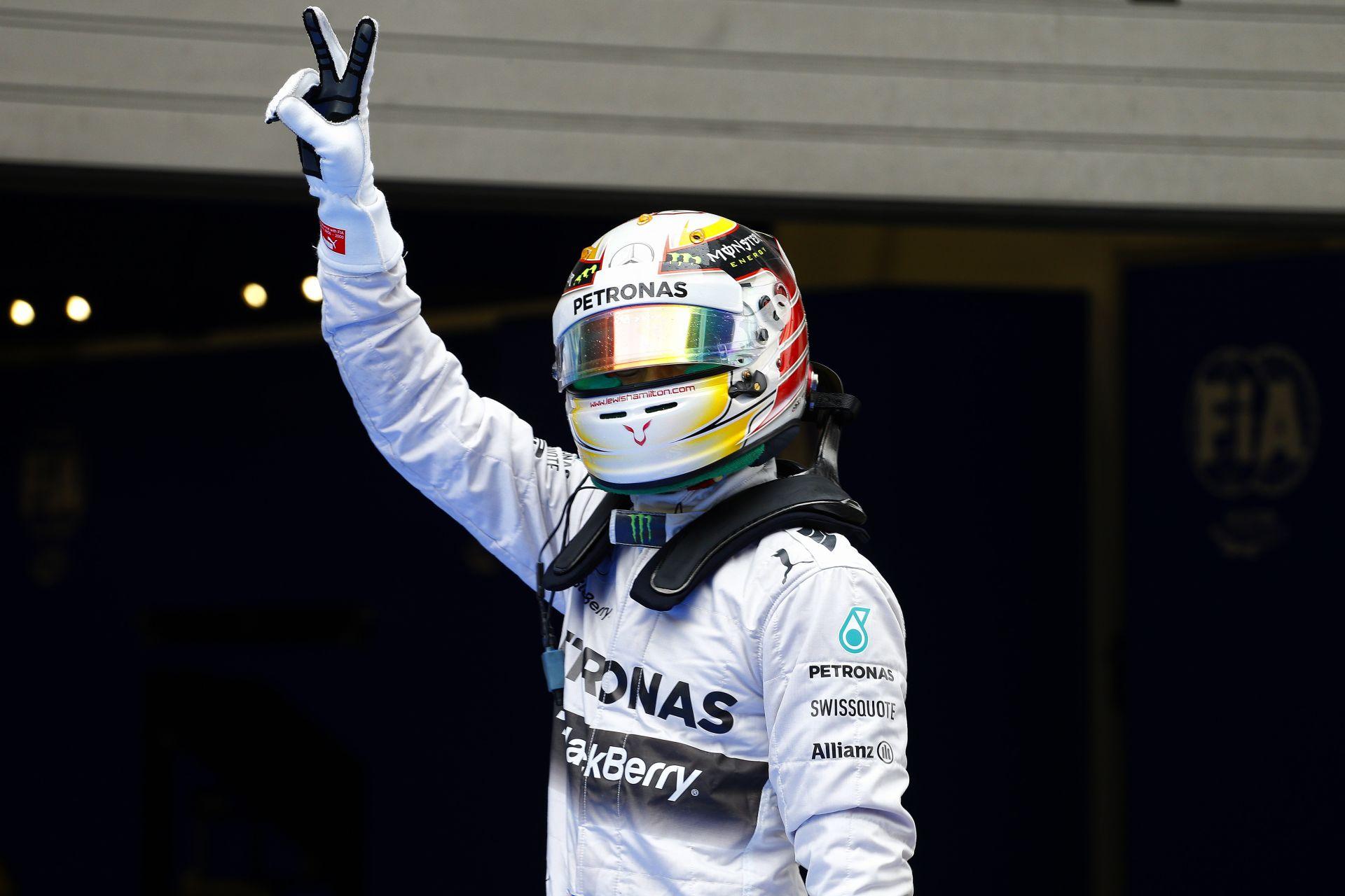 Hamilton megalázó győzelme az unalmas Kínai Nagydíjon! Rosberg és Alonso a dobogón! Folytatódik Raikkönen szenvedése
