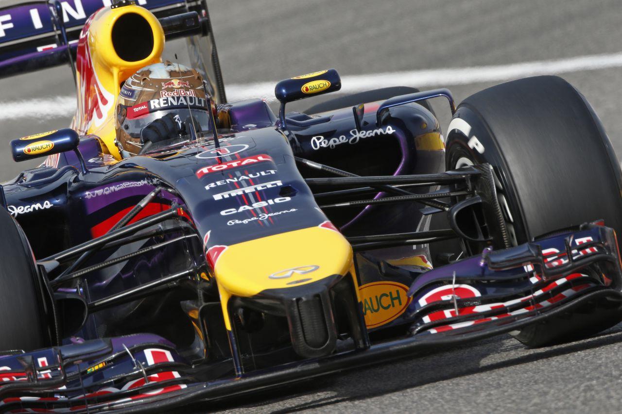 Vettel új kasztnit kap Barcelonában: újra legyőzhetetlen lesz, mint 2012-ben?