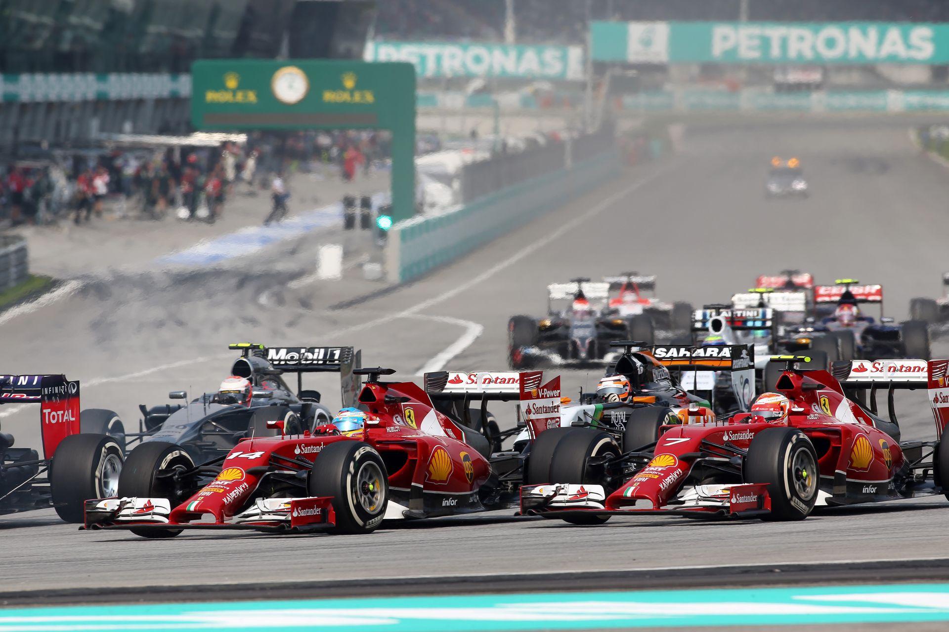 """Alonso kicsit odaszúrt a """"Jégembernek"""": Raikkönen előtt vagyok, szóval mindent jól csinálok!"""
