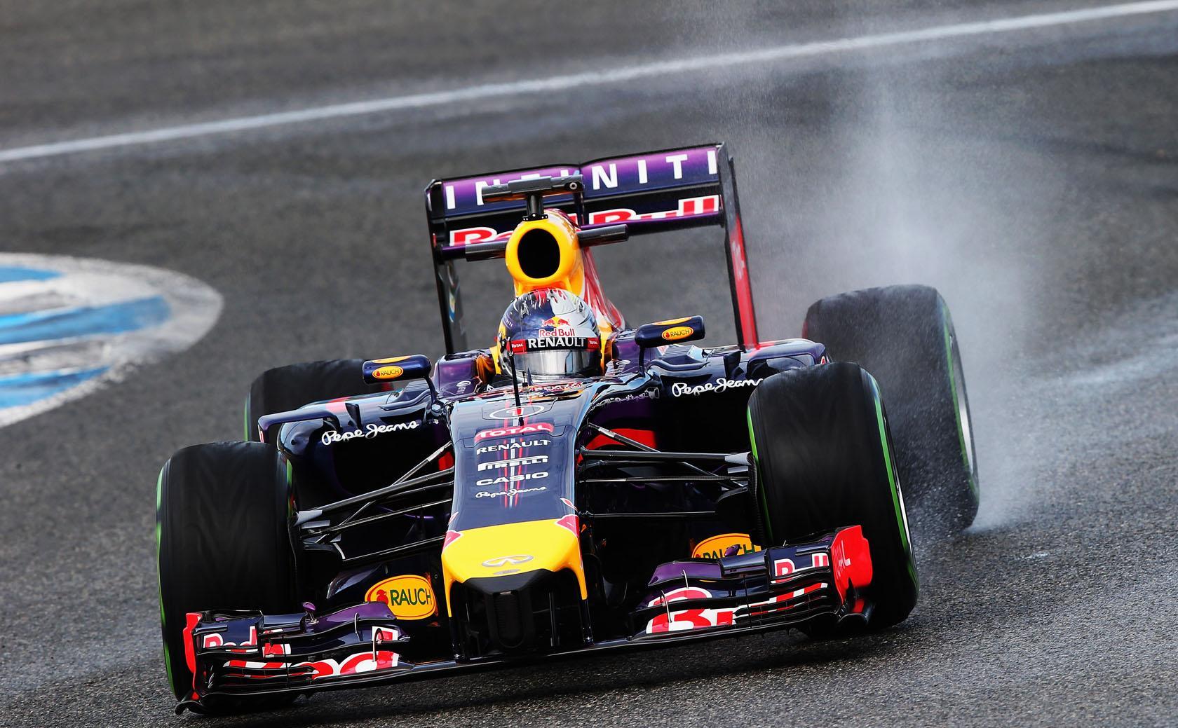 Vettel a számítógép, de a gyors kanyarok fogást találnak rajta - mondja Webber