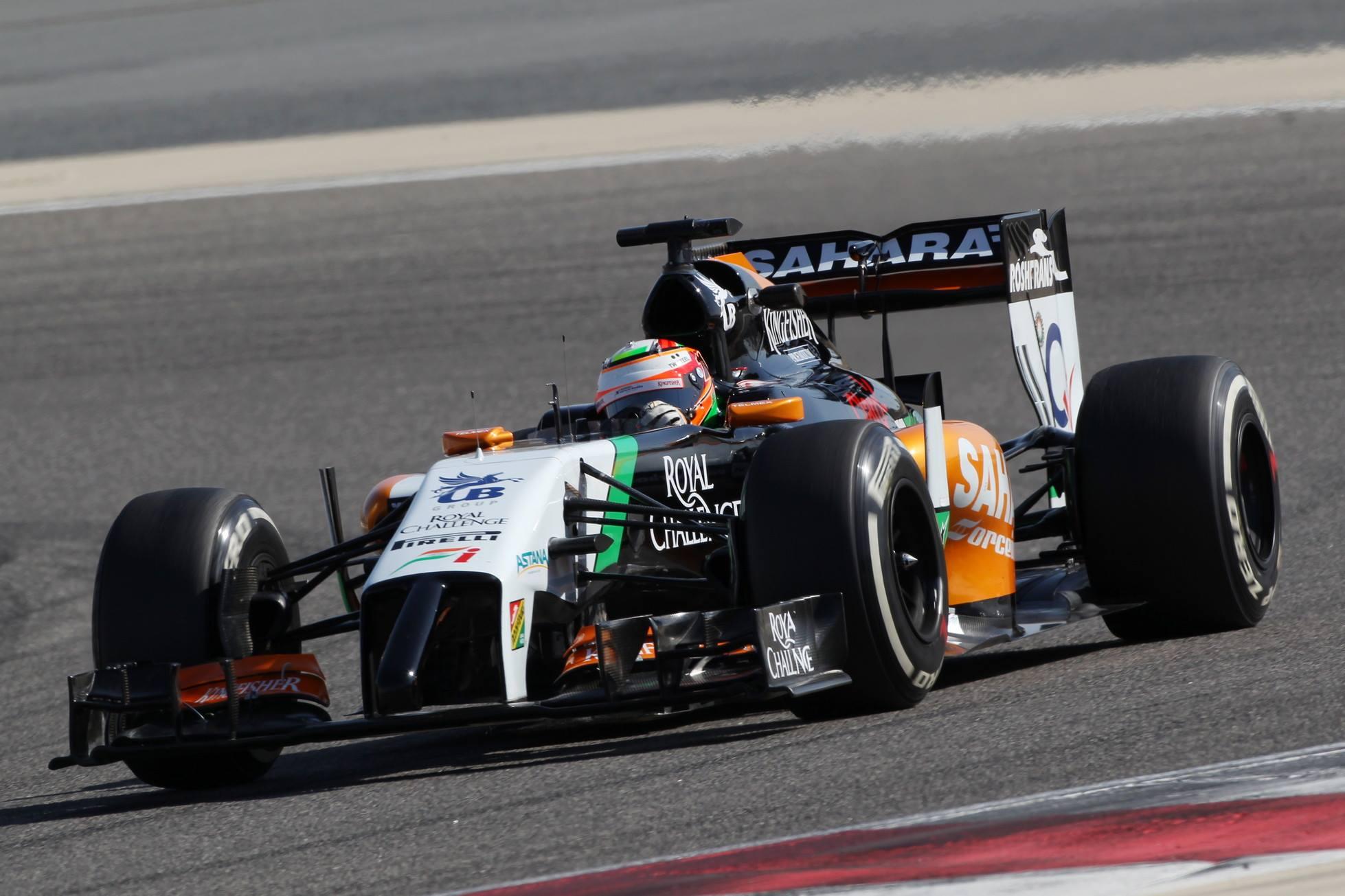 Pérez-Bottas-Räikkönen sorrend Bahreinben! Nem ért véget a Red Bull szenvedése