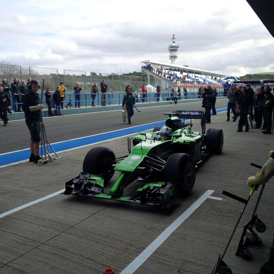 Lehullt a lepel a 2014-es F1-es Caterham versenygépről