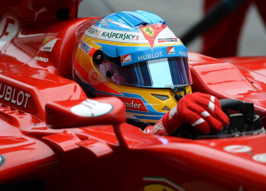 Alonso: Ijesztő mértékben esik vissza a teljesítményünk (frissítve)