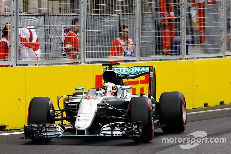 Hamilton può cambiare una gomma danneggiata in Q2 per la gara