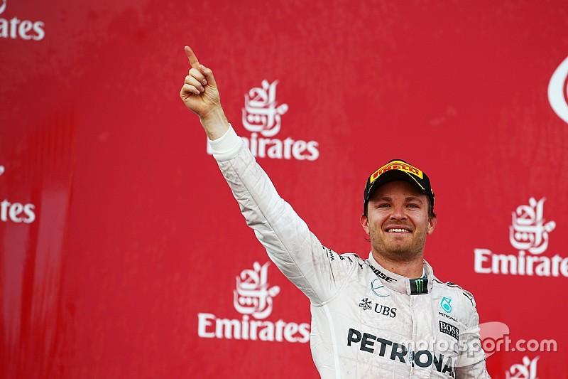 Rosberg se pasea en Bakú; los españoles se van de vacío