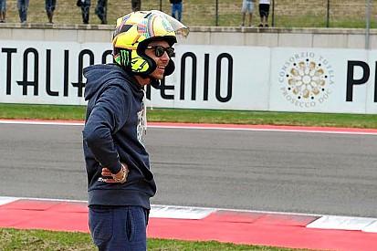 Rossi kask değişimiyle şaşırttı