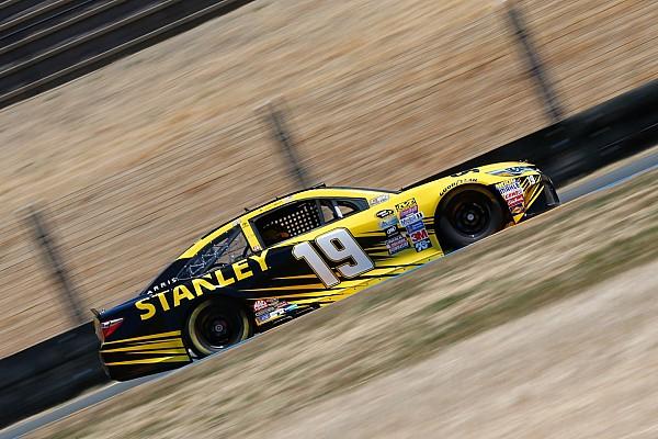 Carl Edwards holt die NASCAR-Pole in Sonoma