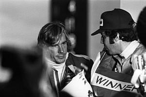 Ma 23 éve, hogy elhunyt Niki Lauda legendás riválisa és az F1 bajnoka, James Hunt