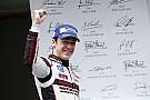 Sven Muller inarrestabile, trionfa anche a Silverstone