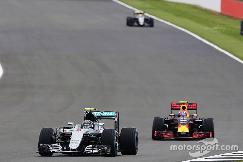 Mercedes desestima apelar la sanción de Rosberg