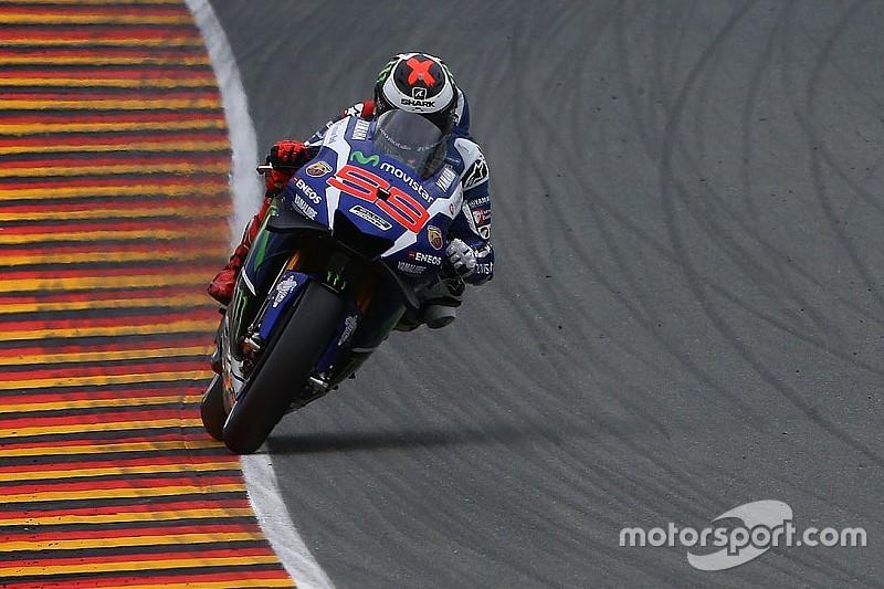 Лоренсо вважає Yamaha «нешвидкою на всіх ділянках»
