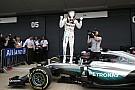 Vídeo: El 'infatigable' Hamilton, a por la remontada