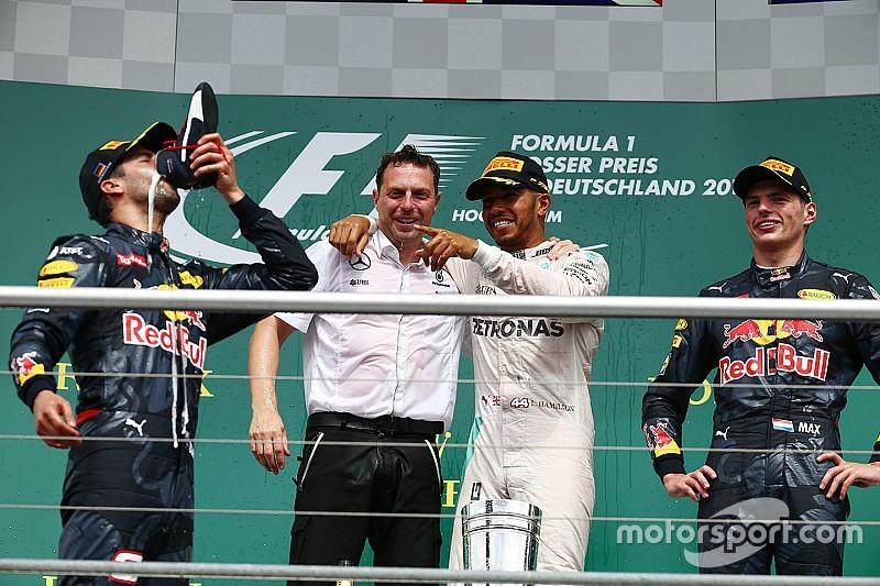 Tussenstand: Hamilton grote winnaar, Verstappen nadert Ferrari-duo