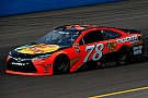 Martin Truex Jr. verlängert bei Furniture Row Racing