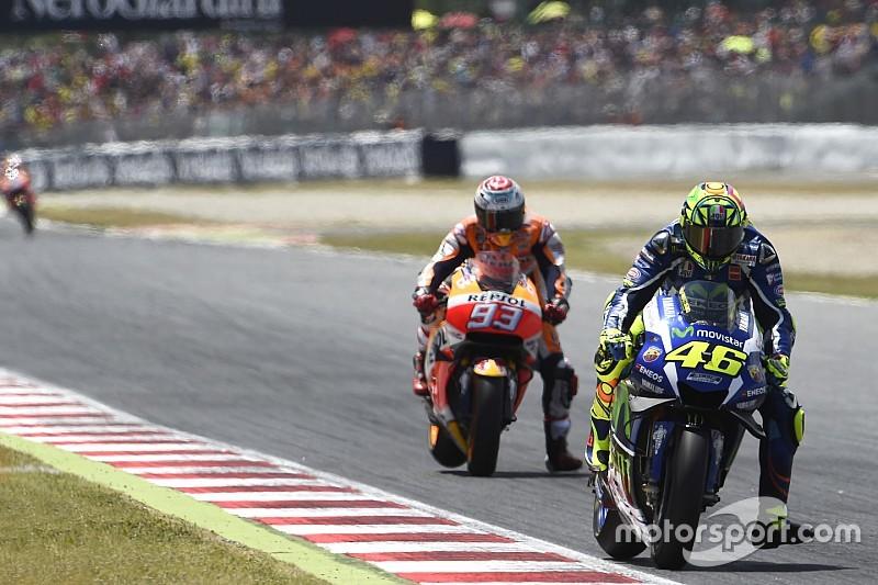 Qui freine le plus fort entre une F1 et une MotoGP ?