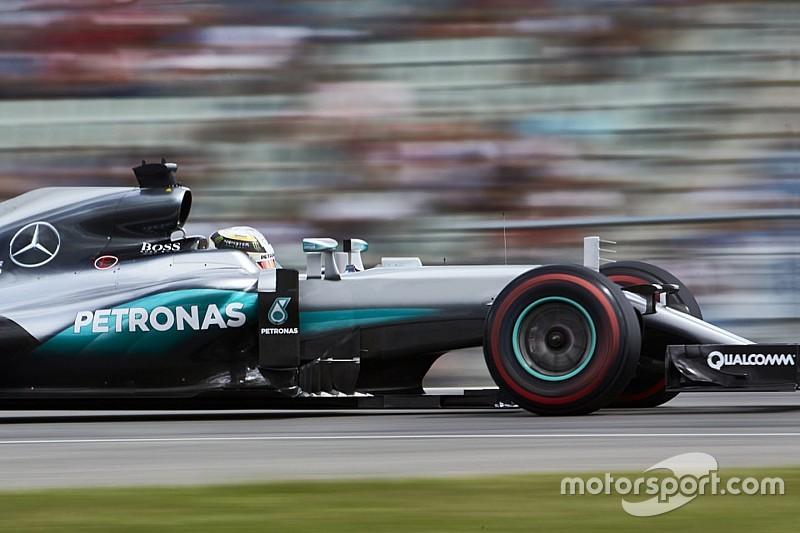 Hamilton cree que la diferencia con Rosberg no es suficientemente grande