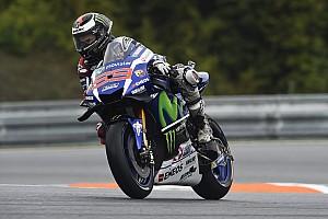 MotoGP Test Brno, test, Day 1: Lorenzo si riprende la vetta davanti a Valentino