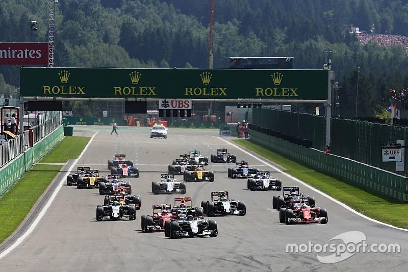 """Mercedes-baas Lowe: """"Was geen probleem geweest als Max de leiding had gepakt"""""""