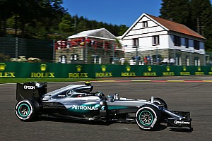 F1 Noticias de última hora Mercedes enfrenta un dilema con Rosberg y Hamilton por los motores