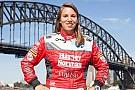 Simona de Silvestro wird Stammfahrerin bei den Supercars