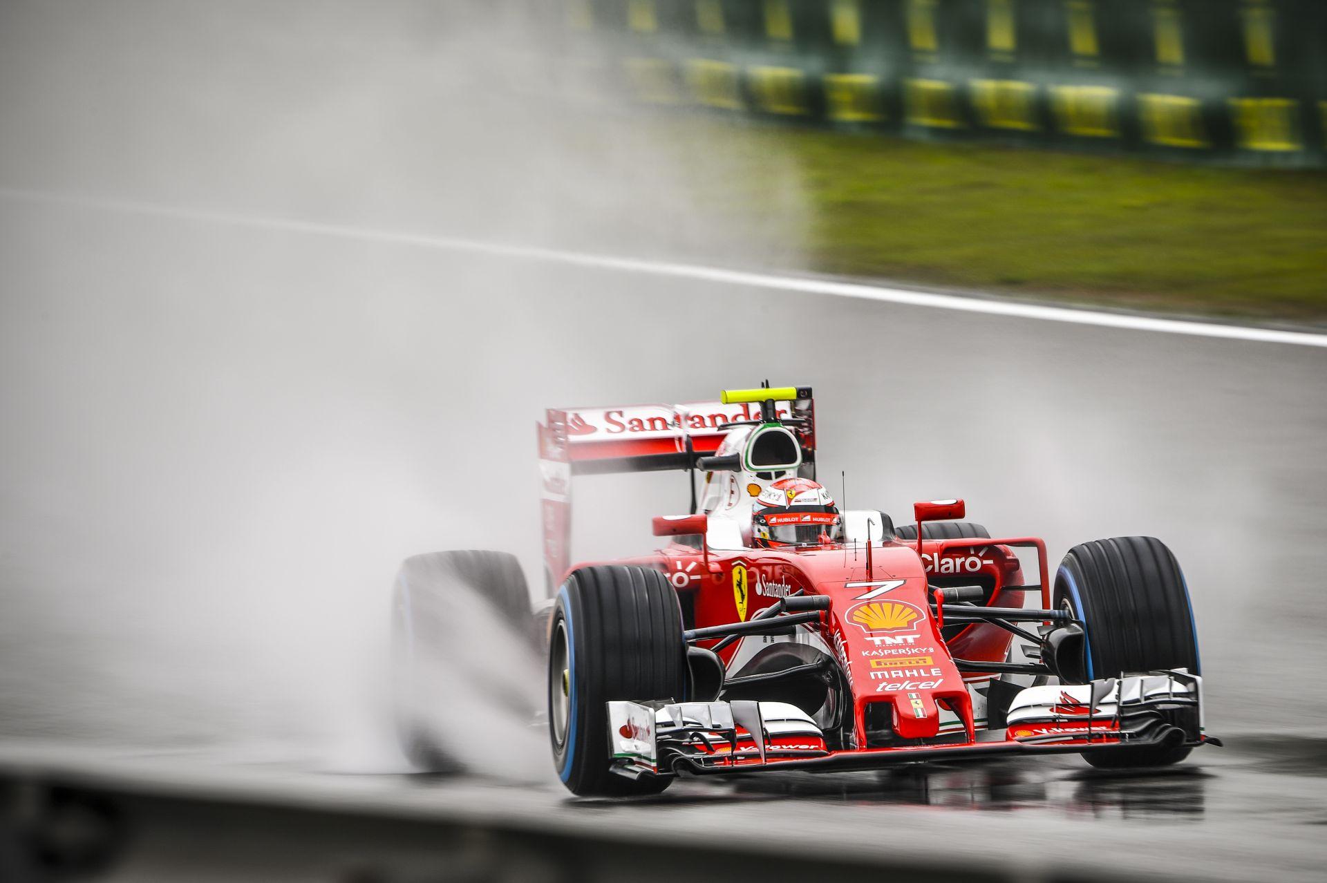 Egy ilyen F1-es autó, és hangunk nem lenne a külsőre