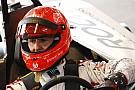 Bámulatos: Mick & Michael Schumacher ugyanolyan beleéléssel vezetik a