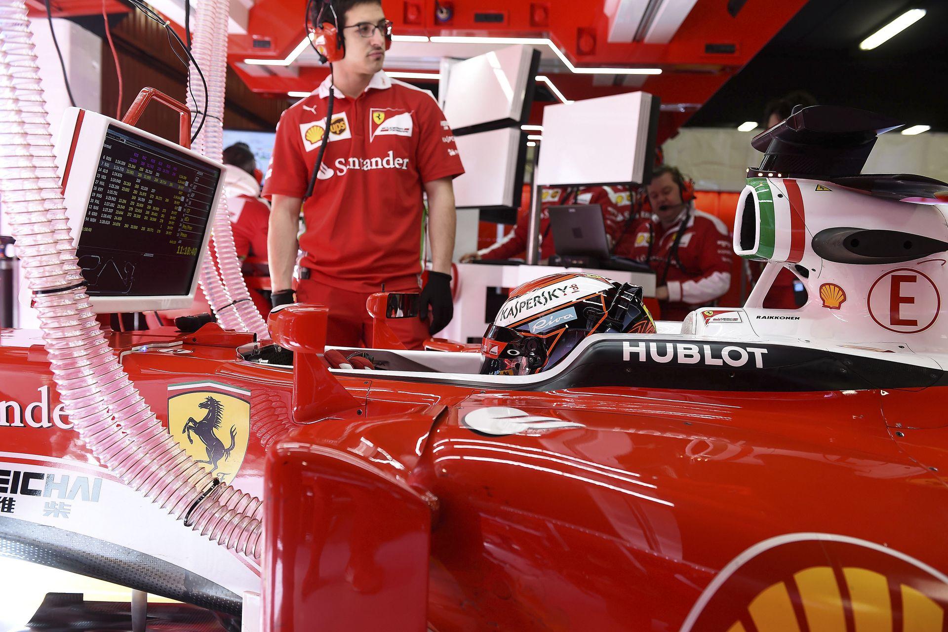 Gondok Raikkönen autójával: folyamatos szerviz alatt áll a Ferrari