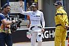 Alonso majdnem repül a gokartjával