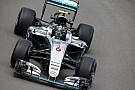 Rosberg motorprobléma miatt félreállt Bakuban!