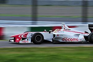 Super Formula Raceverslag Super Formula Okayama: Stoffel Vandoorne wint eerste wedstrijd