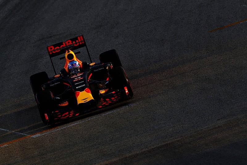 Verstappen als enige met motorupgrade van Renault in Singapore