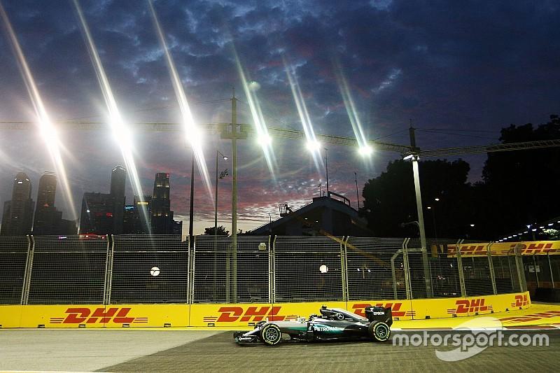Freitagstraining deutet an: Mercedes in Singapur doch Favorit